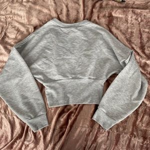NWT Prettylittlething Fitted Sweatshirt
